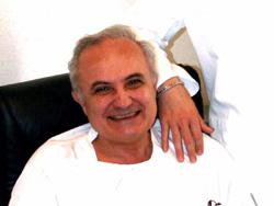 Prof. Vito A. Tomasicchio - Medico Dentista a Bari