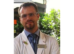 Dr. Andrea Sansone